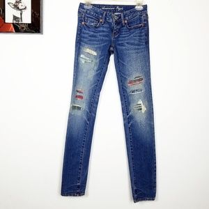 American eagle distresed pached skinny jean size 0